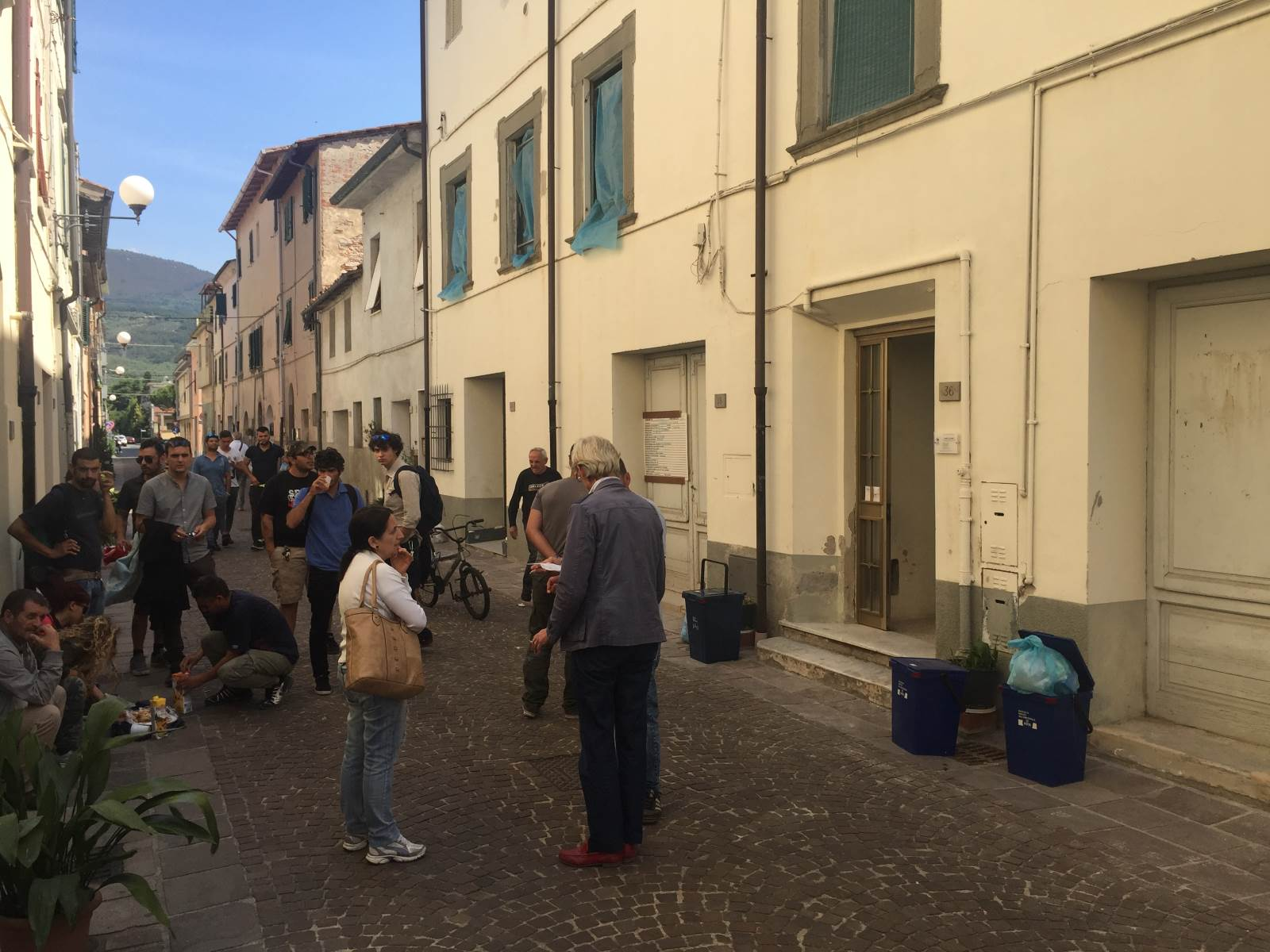Emergenza casa sinistra italiana attacca la giunta for Generatore emergenza casa